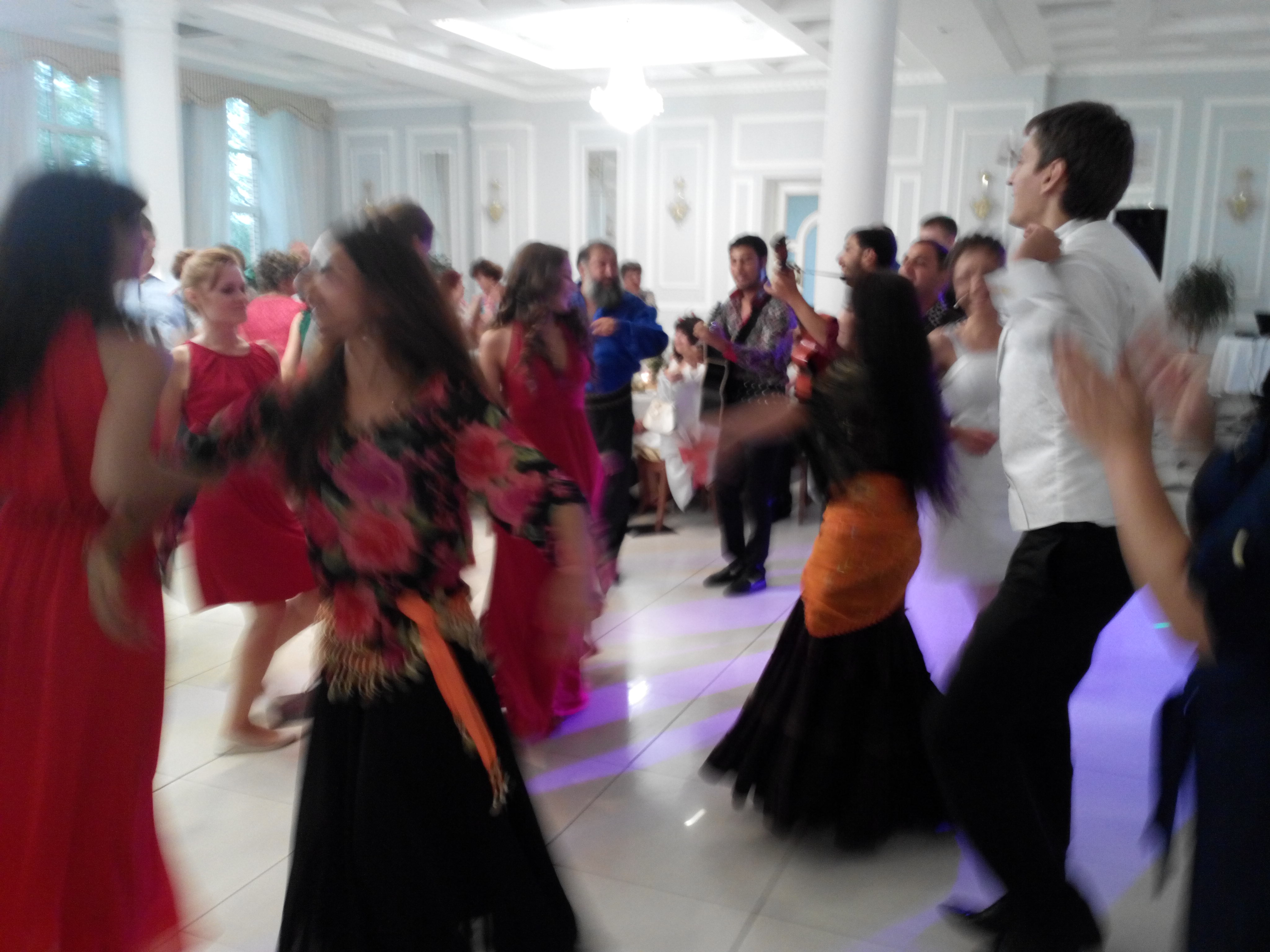 Фото цыганской свадьбы в словакии